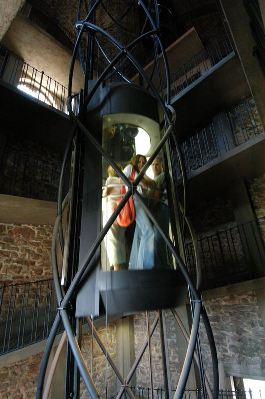 elevator_in_the_old_town_hall_tower_2